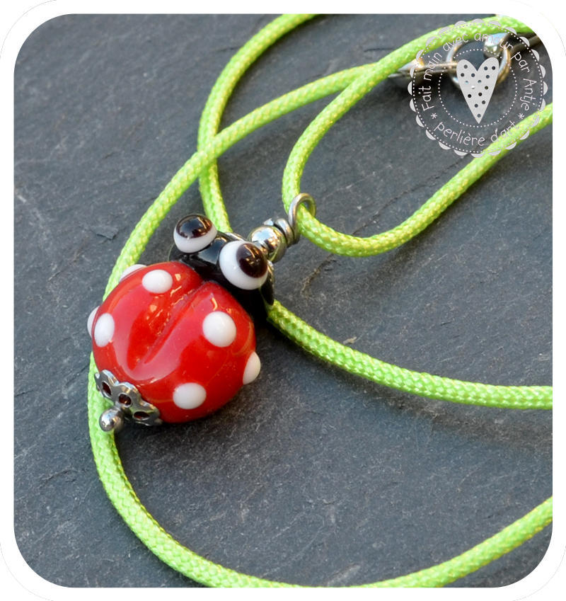 collier enfant • coccinelle • rouge