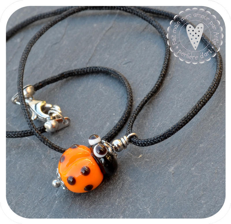 collier enfant • coccinelle • orange