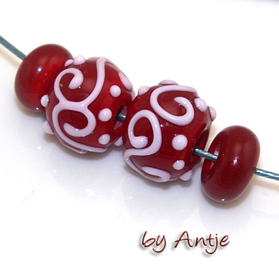 2 perles chalumeau + intercalaires • Murano • 14,5 mm • rouge