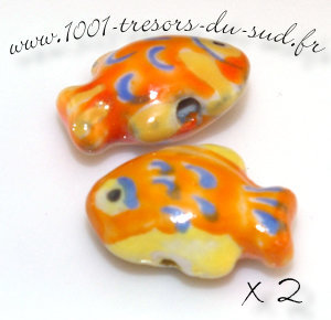 poissons  • 2 PERLES CERAMIQUE • 21 mm • orange