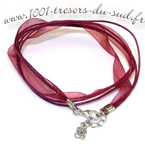 collier • tour de cou • 50 cm • rouge