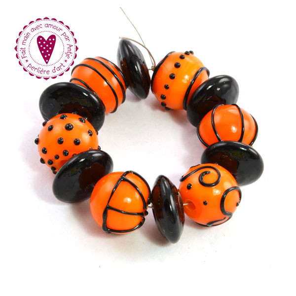 CREATION D' ART • perles au chalumeau • orange noir